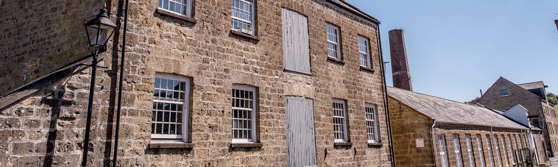 Mills slider Home